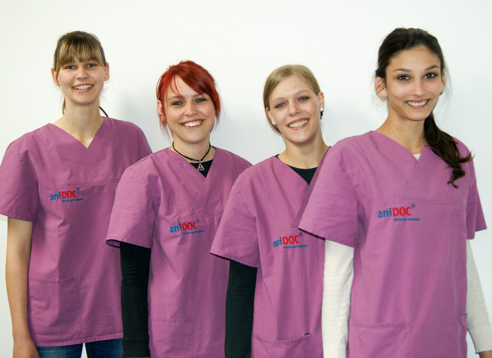 Nicole Sobota, Julia Kramer, Nina Feldmann, Mala Mahawela